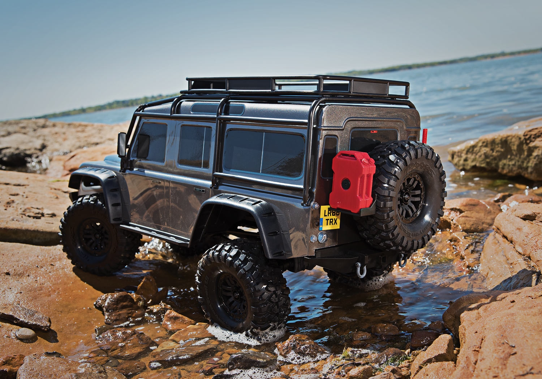traxxas land rover defender crawler. Black Bedroom Furniture Sets. Home Design Ideas